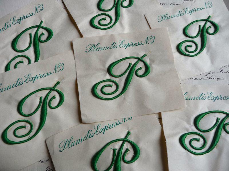 画像1: フランス製 イニシャル 刺繍シート No.3 グリーン '' P ''