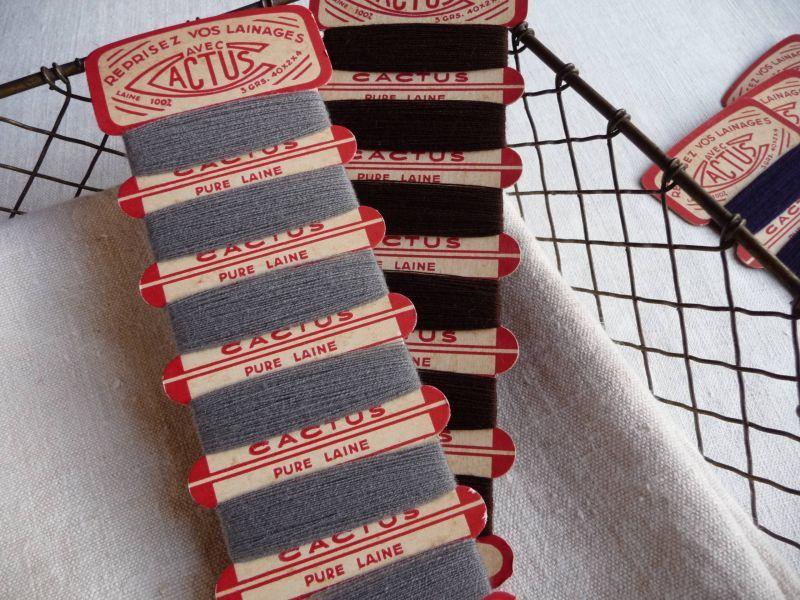 画像1: フランス製 CACTUS ウールの糸巻き 2個セット B