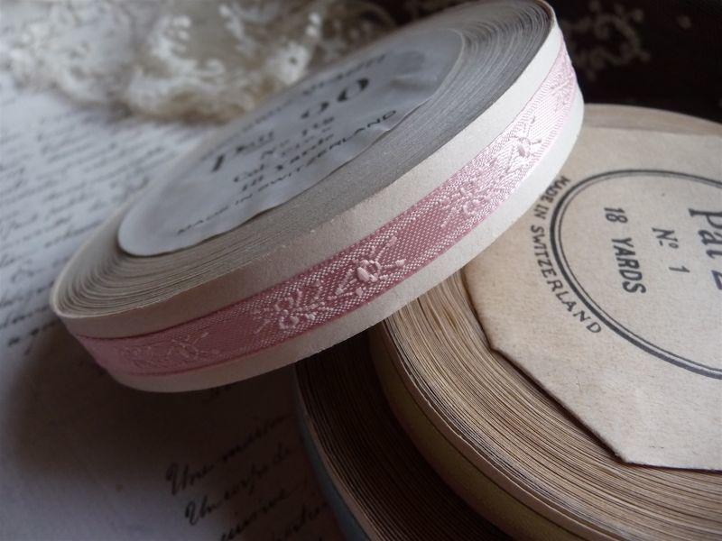 画像1: スイス製 巻きリボン 小花 ピンク